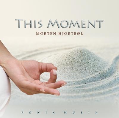 This moment - fønix musik fra N/A på bog & mystik