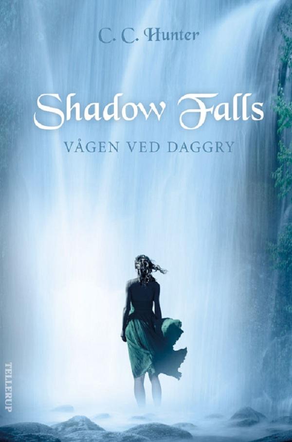 Shadow falls #2: vågen ved daggry - e-lydbog fra N/A fra bog & mystik