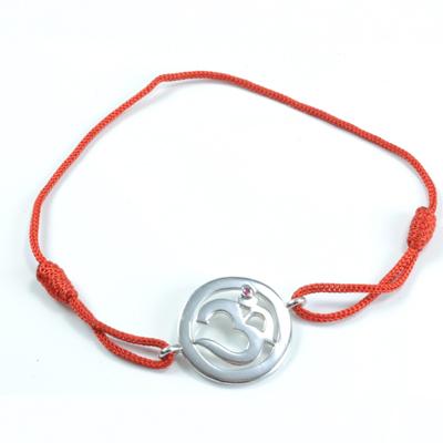 Chakra aum armbånd 1 chakra med rubin 18mm fra N/A på bog & mystik