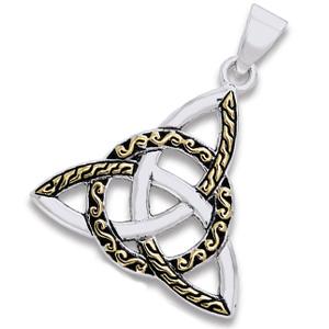 N/A – Vedhæng med triquetra - treenighedssymbolet - 34mm - u/kæde på bog & mystik