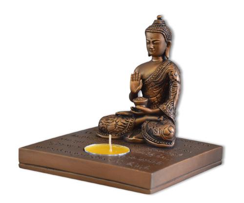 N/A – Buddha lysestage på bog & mystik