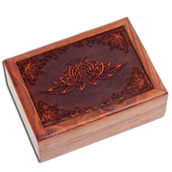 Tarotkort /englekort æske med lotus blomst fra N/A på bog & mystik