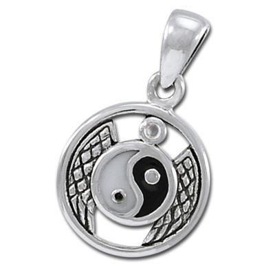 Yin yang vedhæng med bjergkrystal - u/kæde fra N/A på bog & mystik