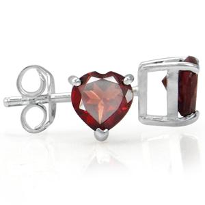 N/A ørestikker med rød granat hjerte - ø5mm - pr par fra bog & mystik